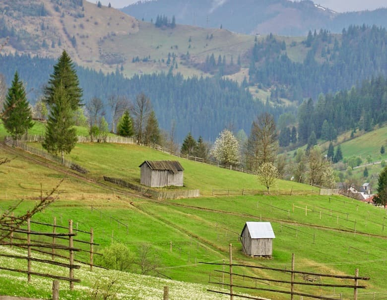 4 good reasons to visit Romania