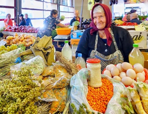 Food market tour Bucharest