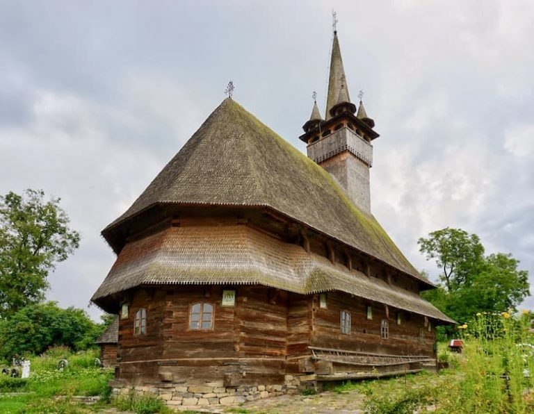Private tours to Maramures